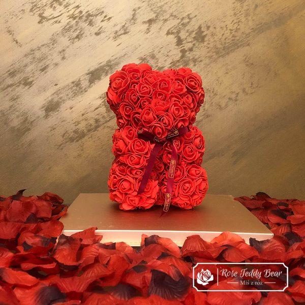 miś z róż czerwony 25cm prezent na walentynki