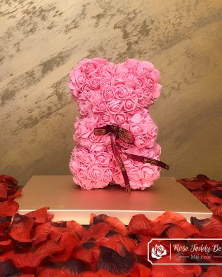 Rose Bear with Bow – Pink 25 cm (Giftbox + Rose Petals)
