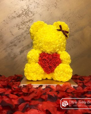 Rose Bear with Red Heart – Yellow 40 cm (Giftbox + Rose Petals)