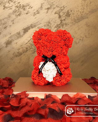 Rose Bear with Heart – Red 25 cm (GiftBox + Rose Petals)